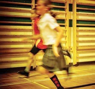 Académie-des-Sacrés-Coeurs-Saint-Bruno-de-Montarville-Enfants-Jouant-Gymnase