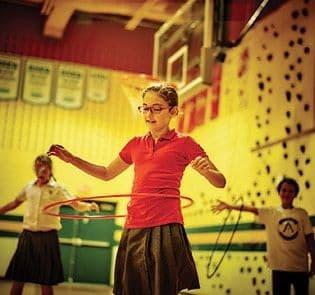 Académie-des-Sacrés-Coeurs-Saint-Bruno-de-Montarville-Enfants-Hulahoop-Gymnase
